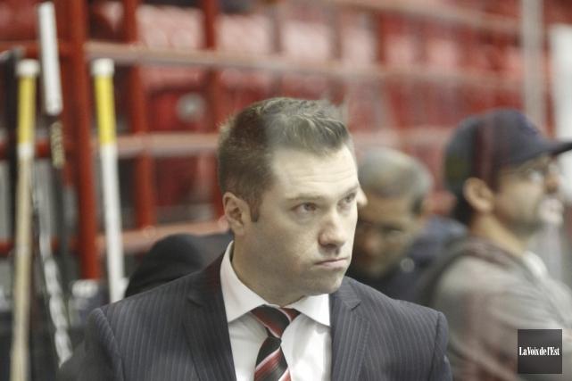 L'entraîneur-chef des Inouk, David Lapierre.... (photo archives La Voix de l'Est)