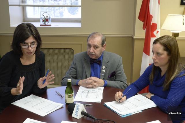 Le maire de Louiseville, Yvon Deshaies, a présenté... (Photo: Sylvain Mayer, Le Nouvelliste)