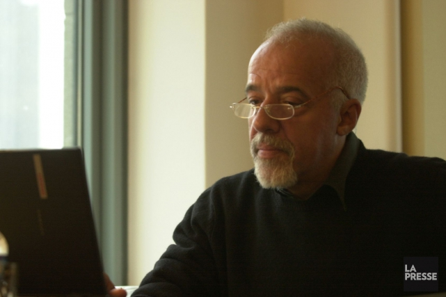 L'écrivain brésilien Paulo Coelho... (Photo Martin Chamberland, Archives La Presse)
