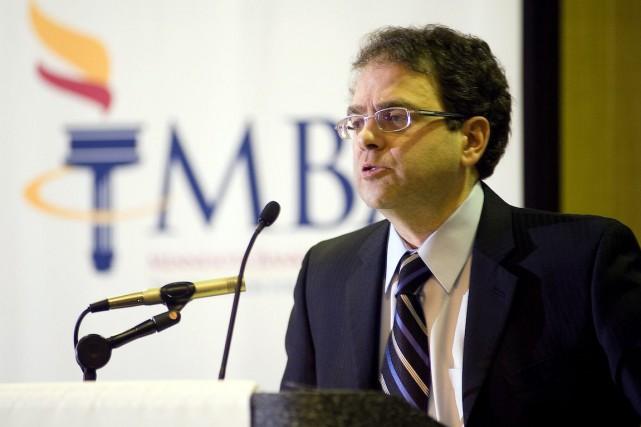 Plus soucieux du chômage que de l'inflation, NarayanaKocherlakotaa... (Photo Craig Lassig, Archives Bloomberg)