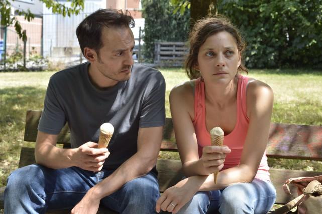 Marion Cotillard et Fabrizio Rongione dans Deux jours,... (Photo: fournie par Métropole Films)