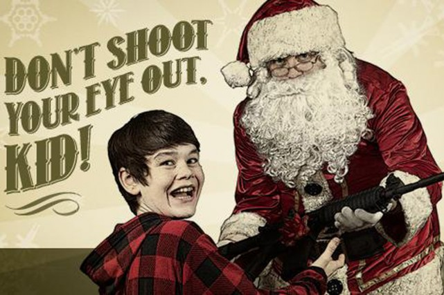 La publicité en question montre le père Noël... (Photo National Firearms Association)