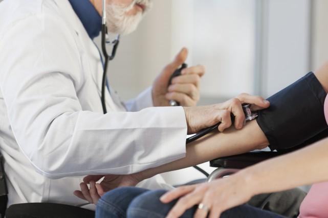 Le Québec a plus de médecins par habitant... (Photo Thinkstock)