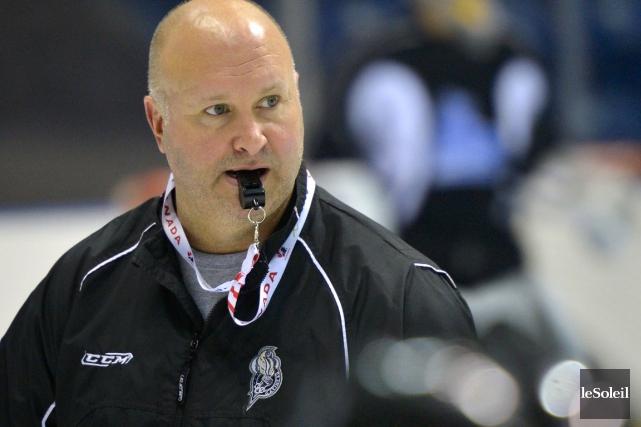 Benoît Groulx, entraîneur-chef et dg des Olympiques de... (Photo Yan Doublet, Le Soleil)