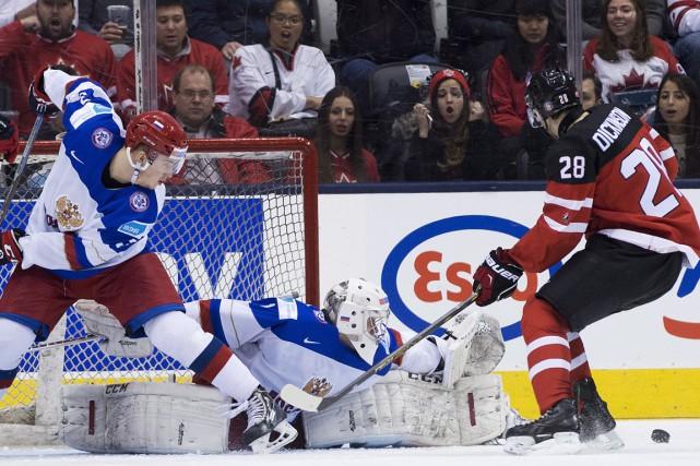 Équipe Canada junior a complètement dominé le jeu lors de son premier match... (Photo La Presse Canadienne)
