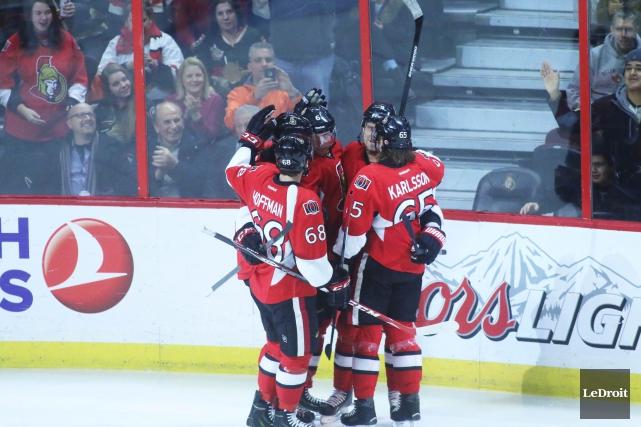 Les Sénateurs d'Ottawa ne devaient pas gagner, vendredi soir. De retour à la... (Photo Étienne Ranger, Le Droit)