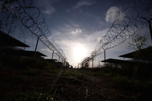 Après le transfèrement des quatre hommes, il reste... (Photo archives AFP)