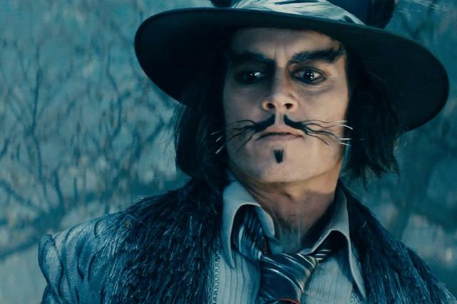 Johnny Depp dans le rôle du gros méchant... (PHOTO FOURNIE PAR DISNEY)