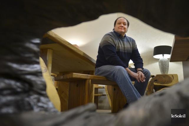 L'importateur de meubles Richard Corcoran a découvert la... (Le Soleil, Yan Doublet)