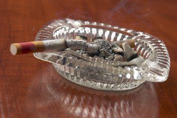 Une cigarette laissée sans surveillance a causé l'incendie....