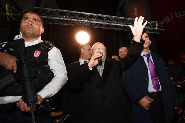 Le camp de M. Caïd Essebsi avait revendiqué... (PHOTO FETHI BELAID, AFP)