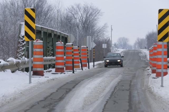 Le pont Viau, à Saint-Alphonse-de-Granby, sera fermé à... (Photo Catherine Trudeau)