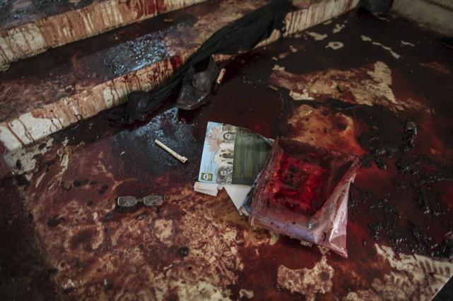 Un commando taliban a massacré 149 personnes, dont... (Photo Zohra Bensemra, Reuters)