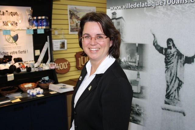 Hélène Langlais, directrice des communications de la Ville...
