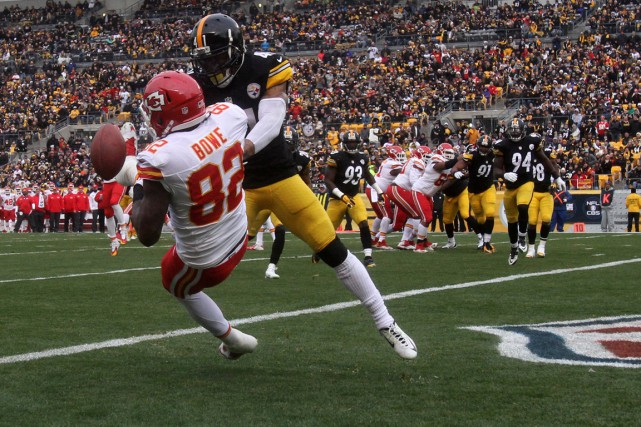La défense a permis aux Steelers d'assurer leur... (PHOTO: JASON BRIDGE, USA TODAY SPORTS)