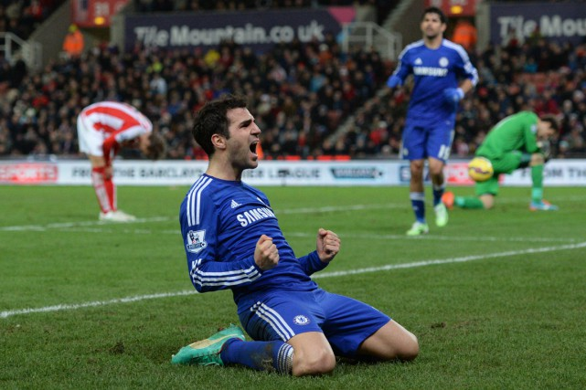 Cesc Fabregas a inscrit le second but de son... (PHOTO OLI SCARFF, AFP)