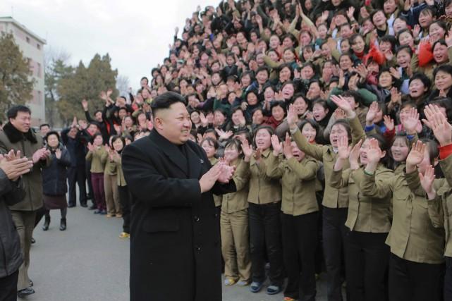 Le dirigeant nord-coréenKim Jong-Un en visite dans une... (PHOTO REUTERS/KCNA)