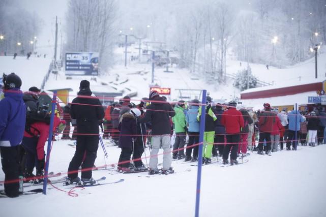 Ski Bromont connaît une légère hausse d'achalandage cette... (photo Catherine Trudeau)