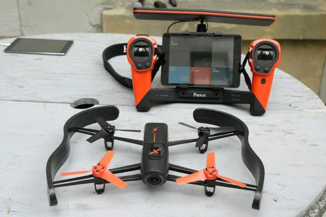 Bien sûr, plus il y a de drones... (PHOTO: AP)