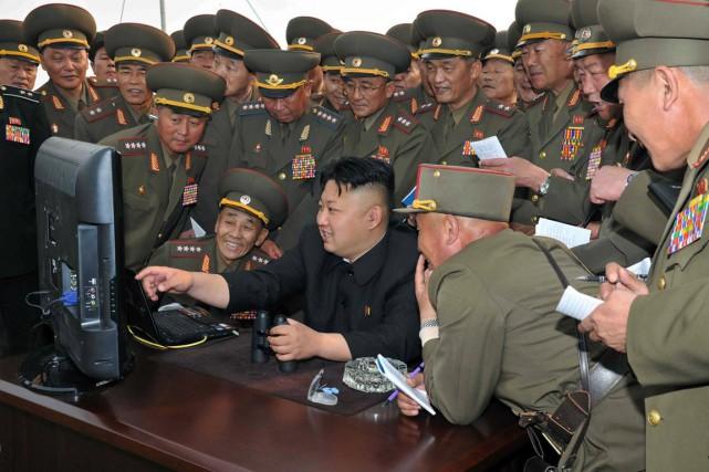 Le dirigeant nord-coréenKim Jong-Un en visite dans une... (Photo archives AFP)