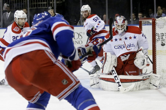 Rick Nash et Martin St-Louis ont inscrit deux buts chacun, Henrik Lundqvist a... (Photo AP)