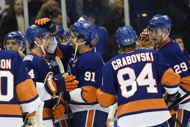 Les Islanders se sont remis à gagner, mais... (Photo Kathy Kmonicek, ASSOCIATED PRESS)