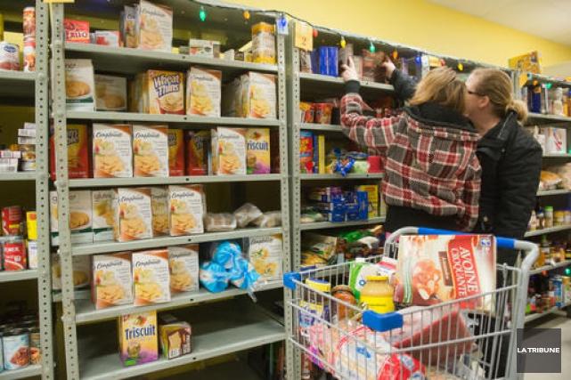 Si plus de 2000 Paniers de l'espoir ont été livrés la fin de semaine dernière à... (Archives La Tribune)