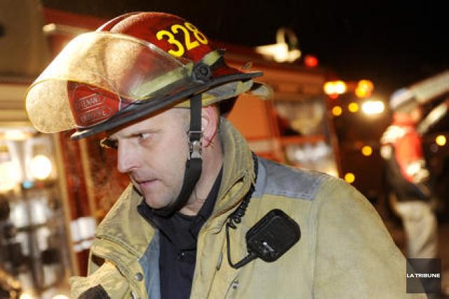Les pompiers, pompières et préventionnistes incendie de la ville de Sherbrooke... (Archives La Tribune)
