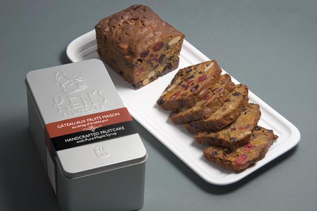 Les fruits et noix biologiques des gâteaux de... (Photo fournie par Ken's fruitcake)