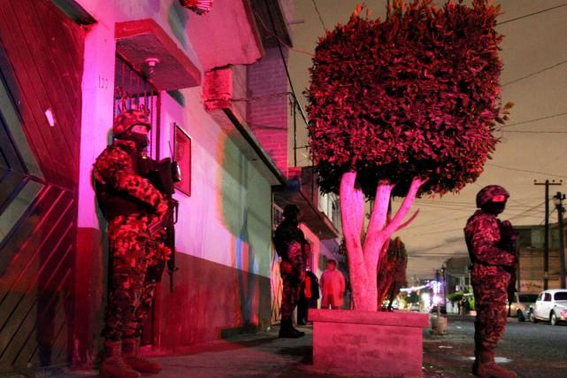 La résidence où les victimes ont été retrouvées... (Photo GREGORIO SAMSA, AFP)