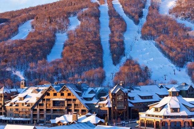 L'hôtel a 300 chambres réparties sur 6 étages.... (Photo fournie par Stowe Mountain Lodge)