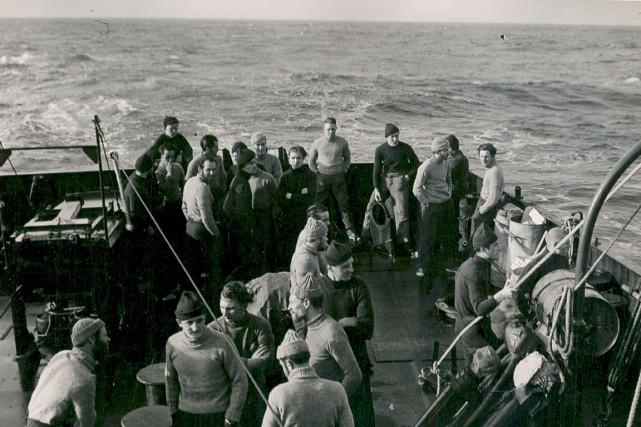 Un navire pendant la Deuxième Guerre mondiale... (Photo fournie par le Musée naval de Québec)