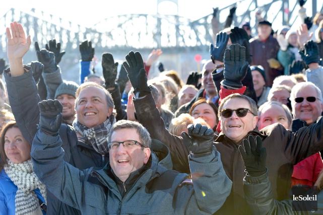 Régis Labeaume, maire de Québec, et Gilles Lehouillier... (Photothèque Le Soleil, Yan Doublet)