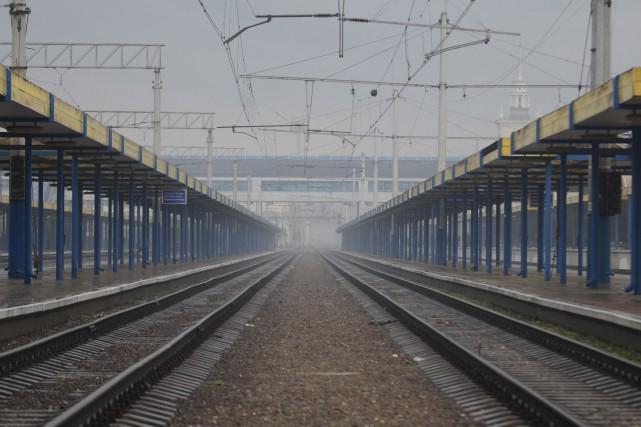 L'Ukraine a annulé plusieurs trajets de train en... (Photo Anton Volk, AP)