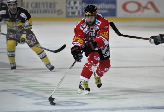 Évoluant sur les glaces de la Ligue nationale... (HC Fribourg-Gottéron)