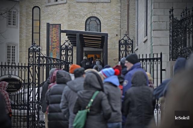La réouverture de la porte sainte de la... (Photothèque Le Soleil, Erick Labbé)