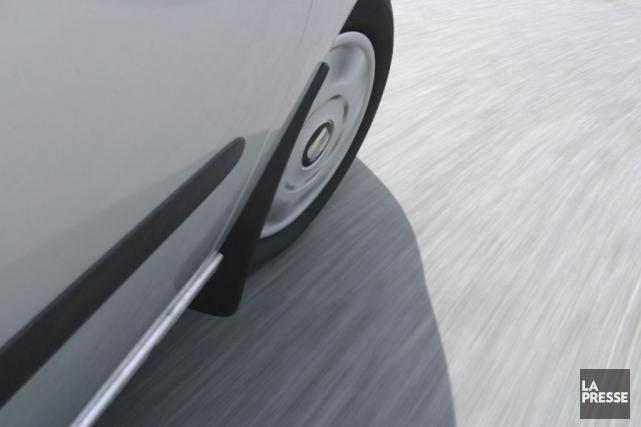 Permis de conduire probatoire en poche, un automobiliste de 26 ans s'est cru... (Photothèque La Presse)