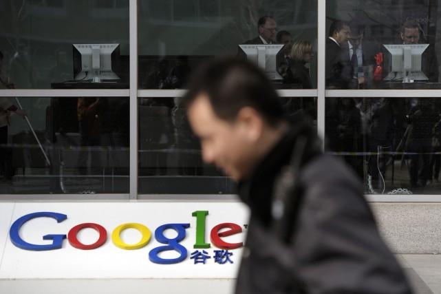 Les connexions au populaire service de courriels Gmail de Google sont bloquées... (Photo Andy Wong, AP)