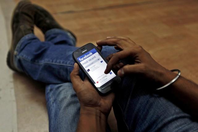 Facebook dit compter désormais 20 millions d'usagers canadiens...