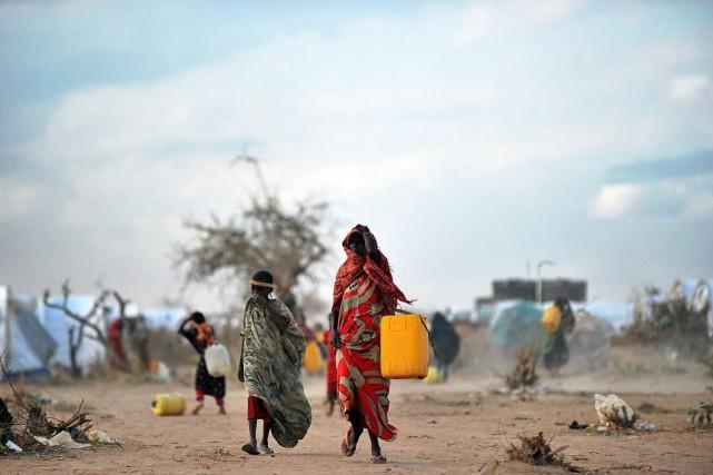 Le complexe de Dadaab (nord-est du Kenya) est... (Photo TONY KARUMBA, Archives AFP)