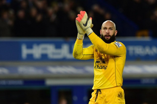 Everton Tim Howard... (Photo PAUL ELLIS, AFP)
