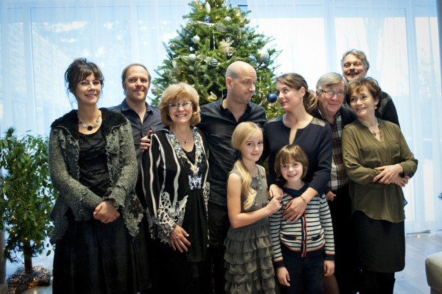 Les familles de Martin et de Julie seront réunies le temps d'un épisode spécial... (Photo fournie par TVA)