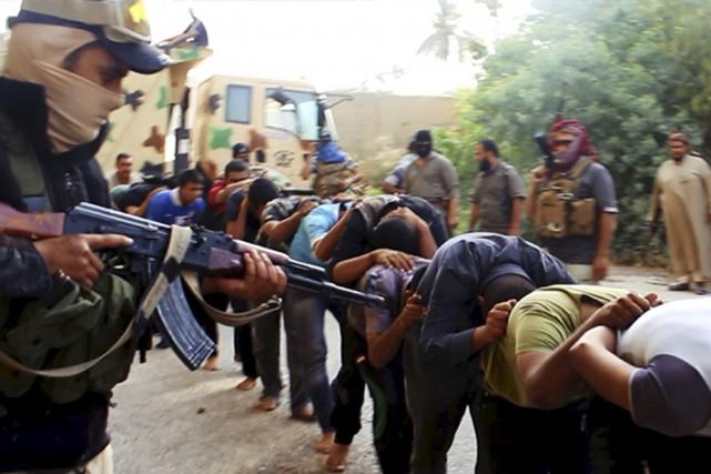 Plusieurs civils et militaires ont laissé leur vie... (Photothèque Le Soleil)