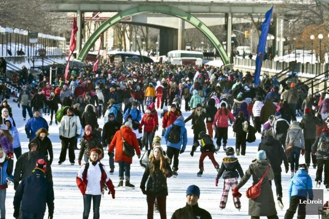 Des milliers de patineurs ont envahissent le canal... (Archives, LeDroit)