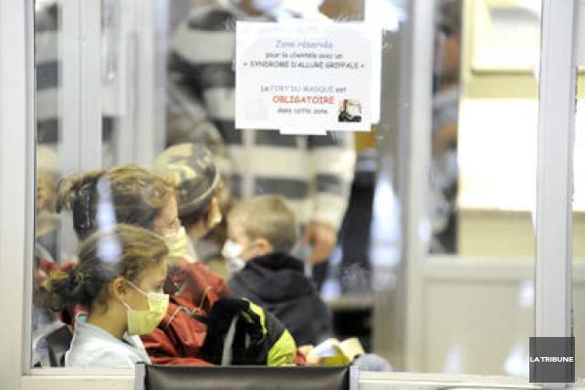 La situation dans les urgences s'est améliorée, hier, au Centre hospitalier... (Archives La Tribune)