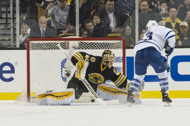 Nazem Kadri et Mike Santorelli ont déjoué Tuukka Rask lors des tirs de barrage,... (Photo USA Today Sports)