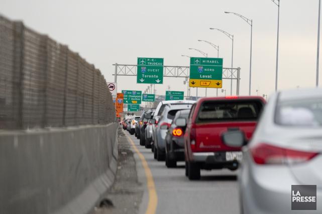 Le bilan routier de 2014 devrait afficher une amélioration record selon des... (Photo David Boily, Archives La Presse)