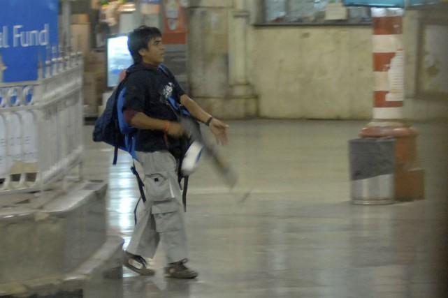 Zakiur Rehman Lakhvi, âgé d'environ 55 ans, est... (Photo Mumbai Mirror, Sebastian D'souza, AP)