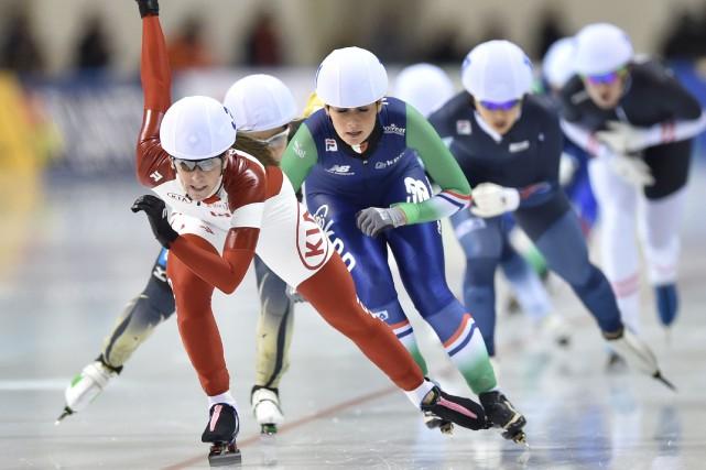 Ivanie Blondin (à gauche)... (Photo KAZUHIRO NOGI, AFP)
