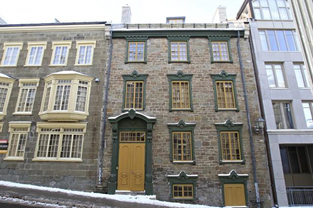 La sévère façade néogothique est maintenant égayée par... (Photo Pascal Ratthé, collaboration spéciale)